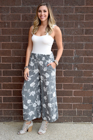 FLORAL MY LOVE GREY FLORAL PANTS