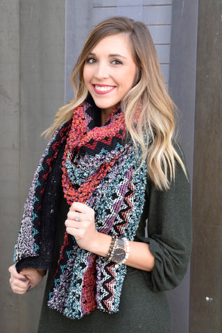 GREEN BOHO LONG KNIT SCARF