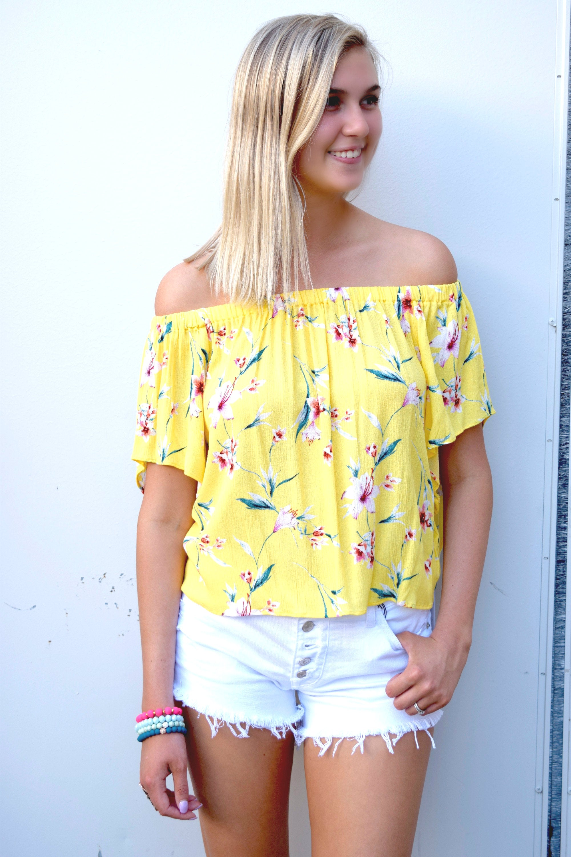 SUNSHINE YELLOW FLORAL TOP