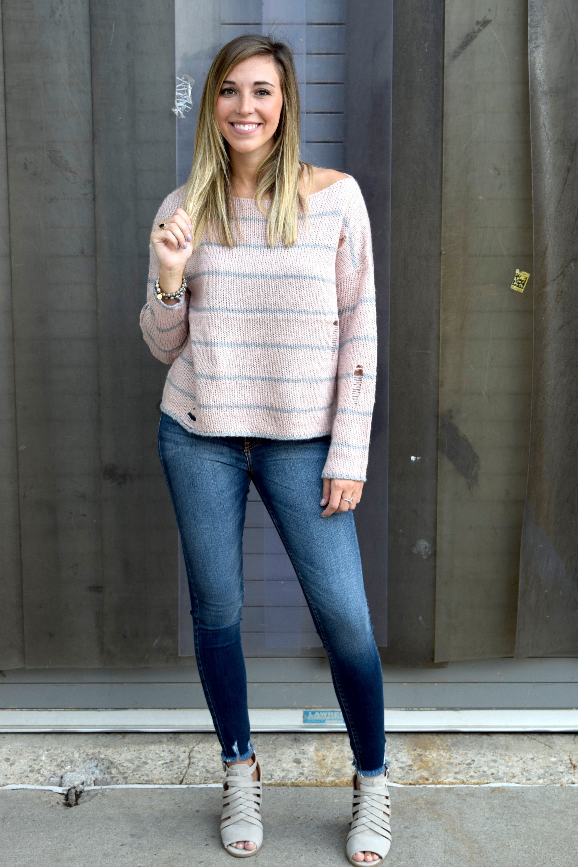 DISTRESSED TO IMPRESS BLUSH SWEATER