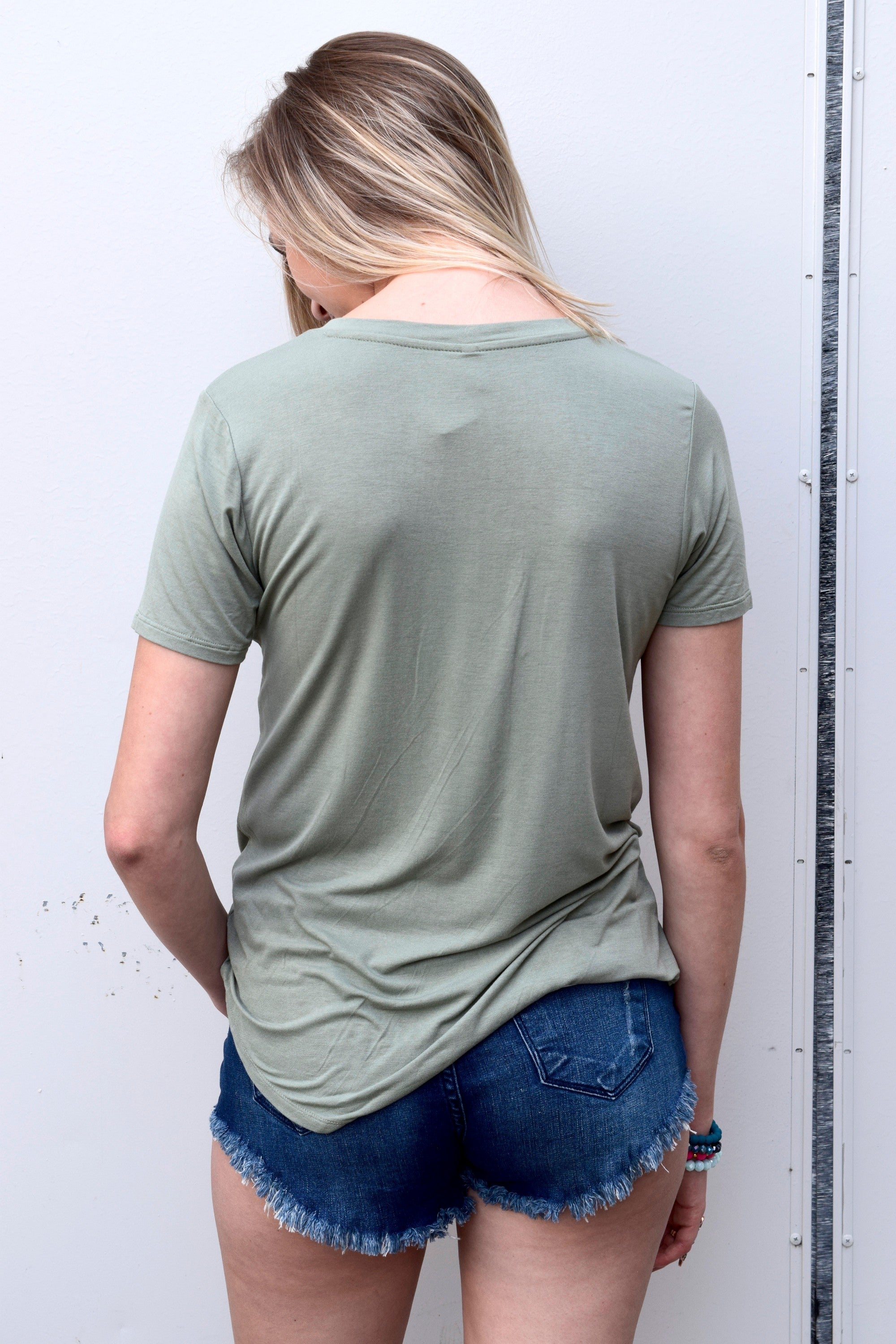 SLEEK JERSEY POCKET TEE: PALE SAGE