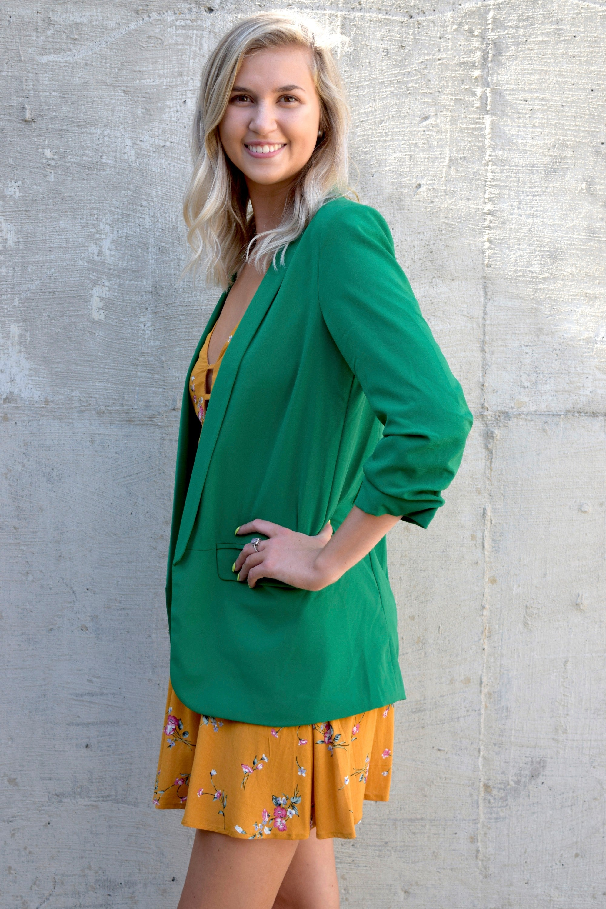 SHE MEANS BUSINESS BLAZER: GREEN