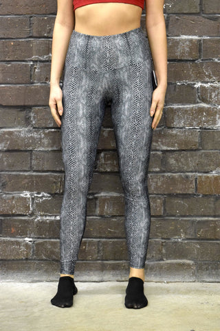 ONZIE HIGH RISE LEGGINGS: COBRA