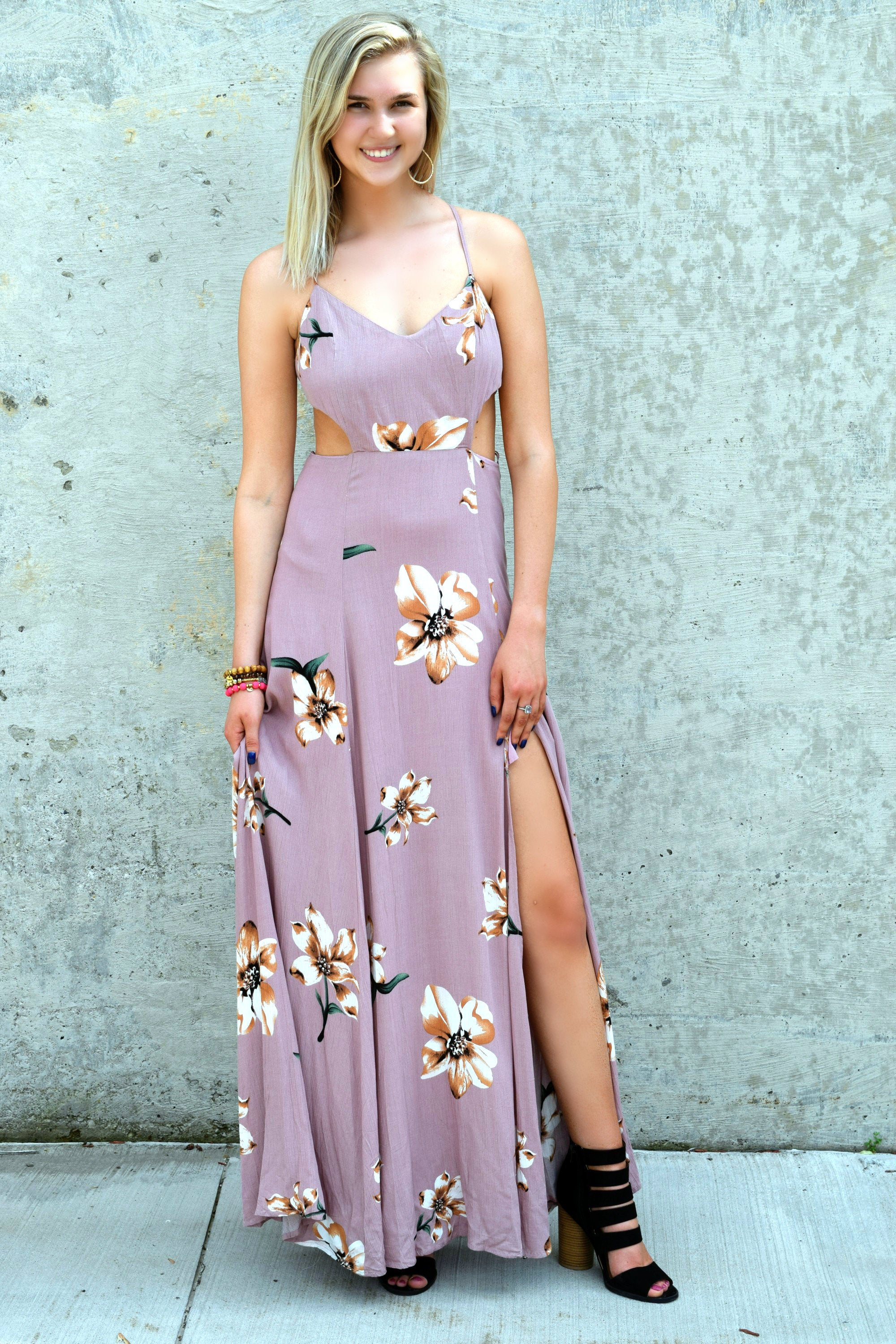 ALL DRESSED UP MAUVE FLORAL MAXI DRESS