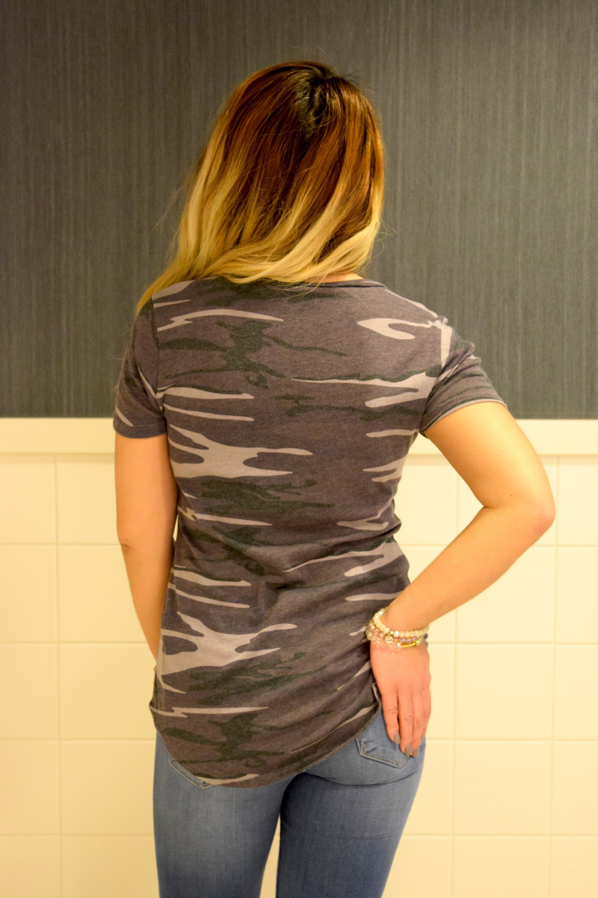POCKET TEE: CAMO BLACK