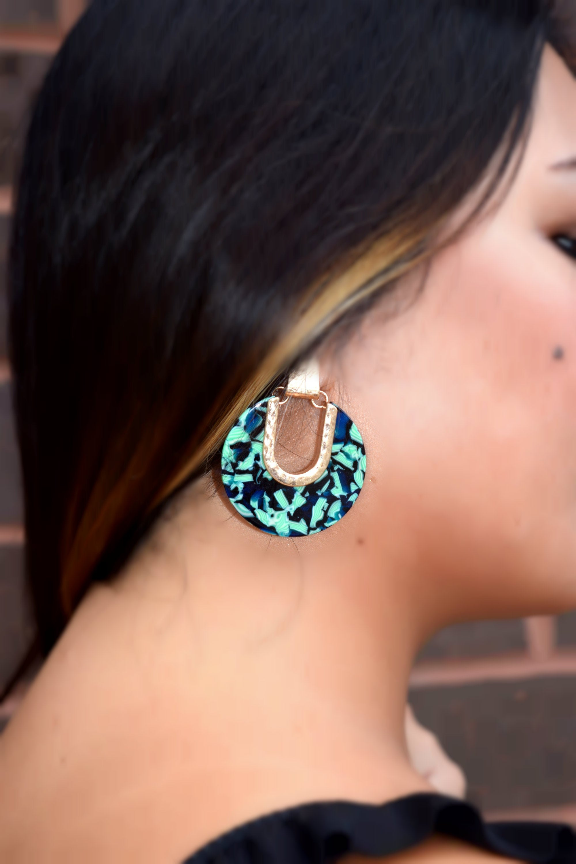 HINT OF LIME ACETATE EARRING