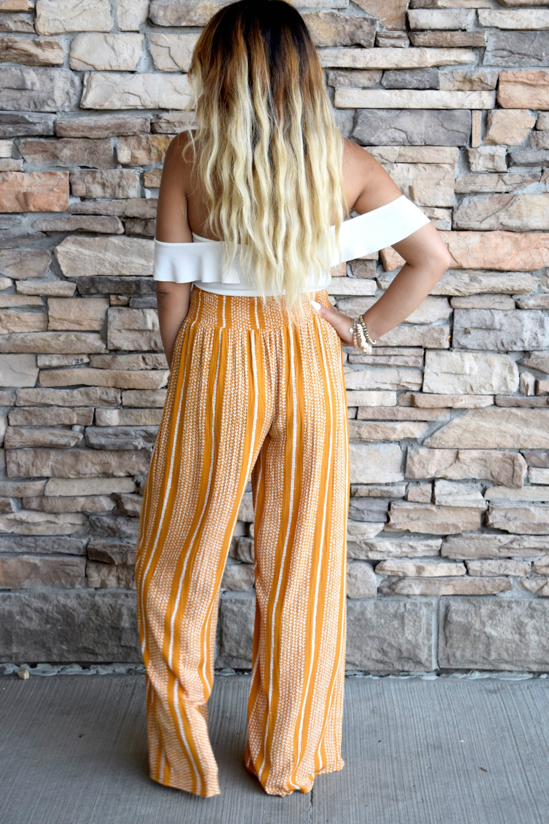 SOLID GOLD WIDE LEG PANTS