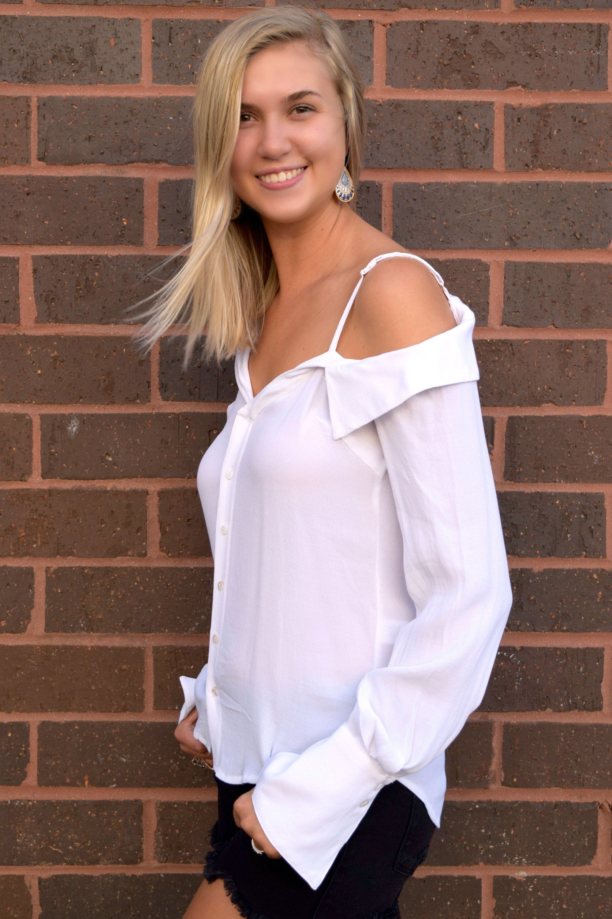 ASKEW WHITE BUTTON UP BLOUSE