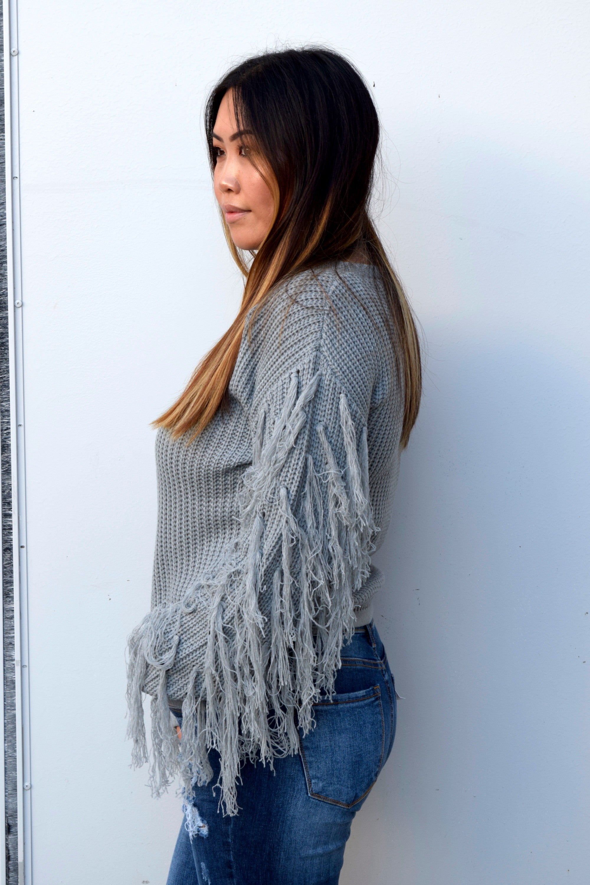 IN THE FRINGE GREY SWEATER