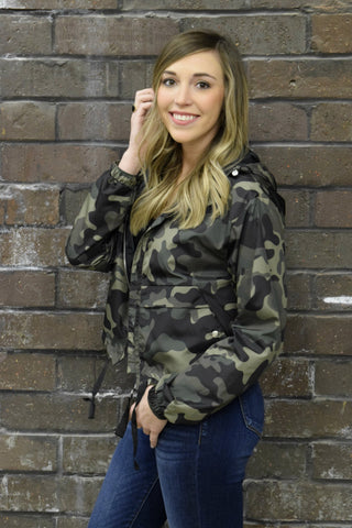 ARMY OF ONE CAMO JACKET: OLIVE
