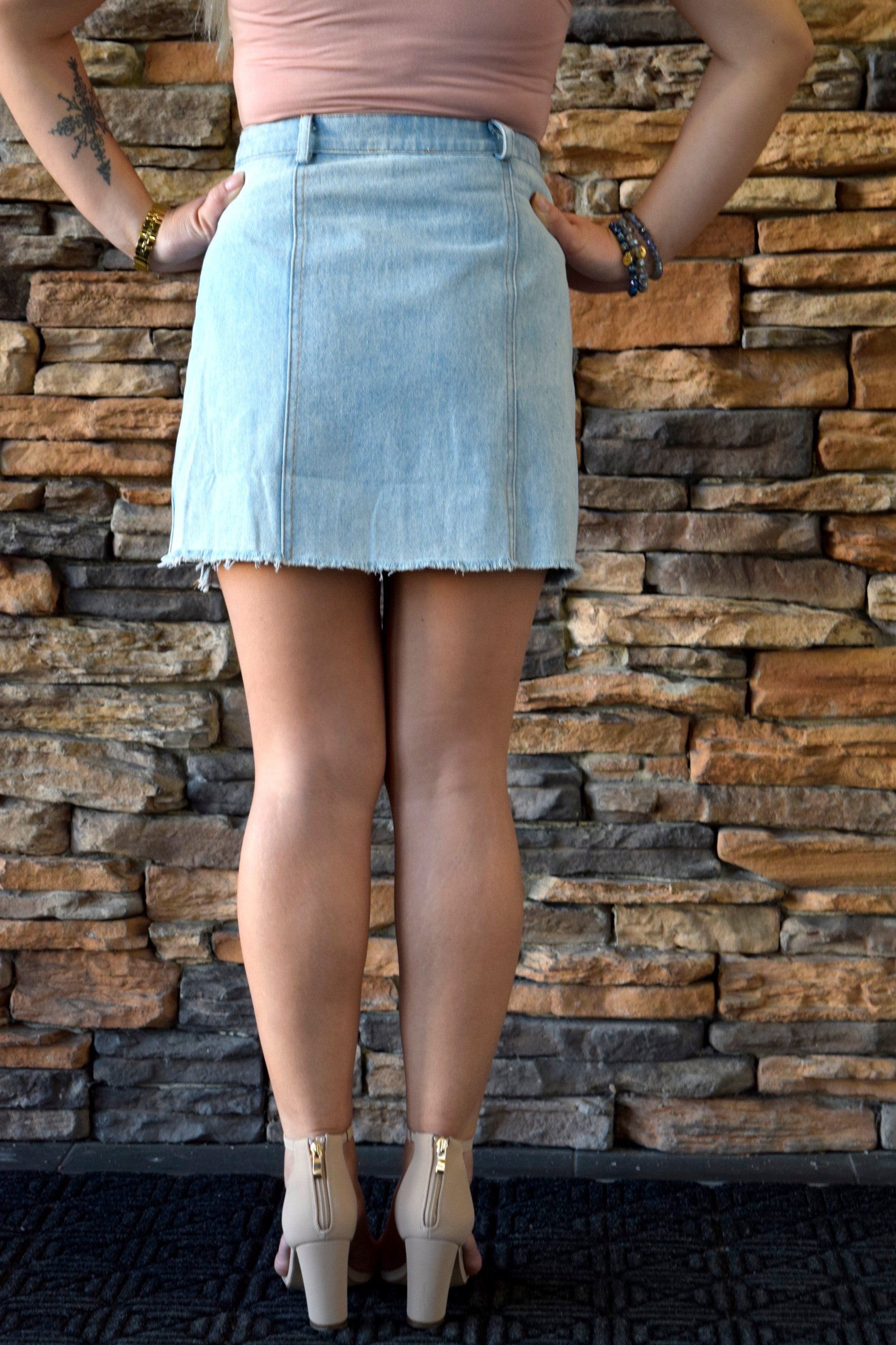 DON'T UNEVEN GO THERE DENIM SKIRT