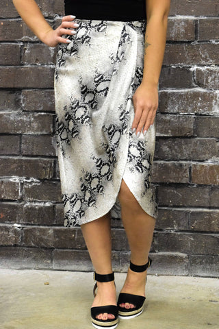OUT OF HISS WORLD SNAKE PRINT SKIRT