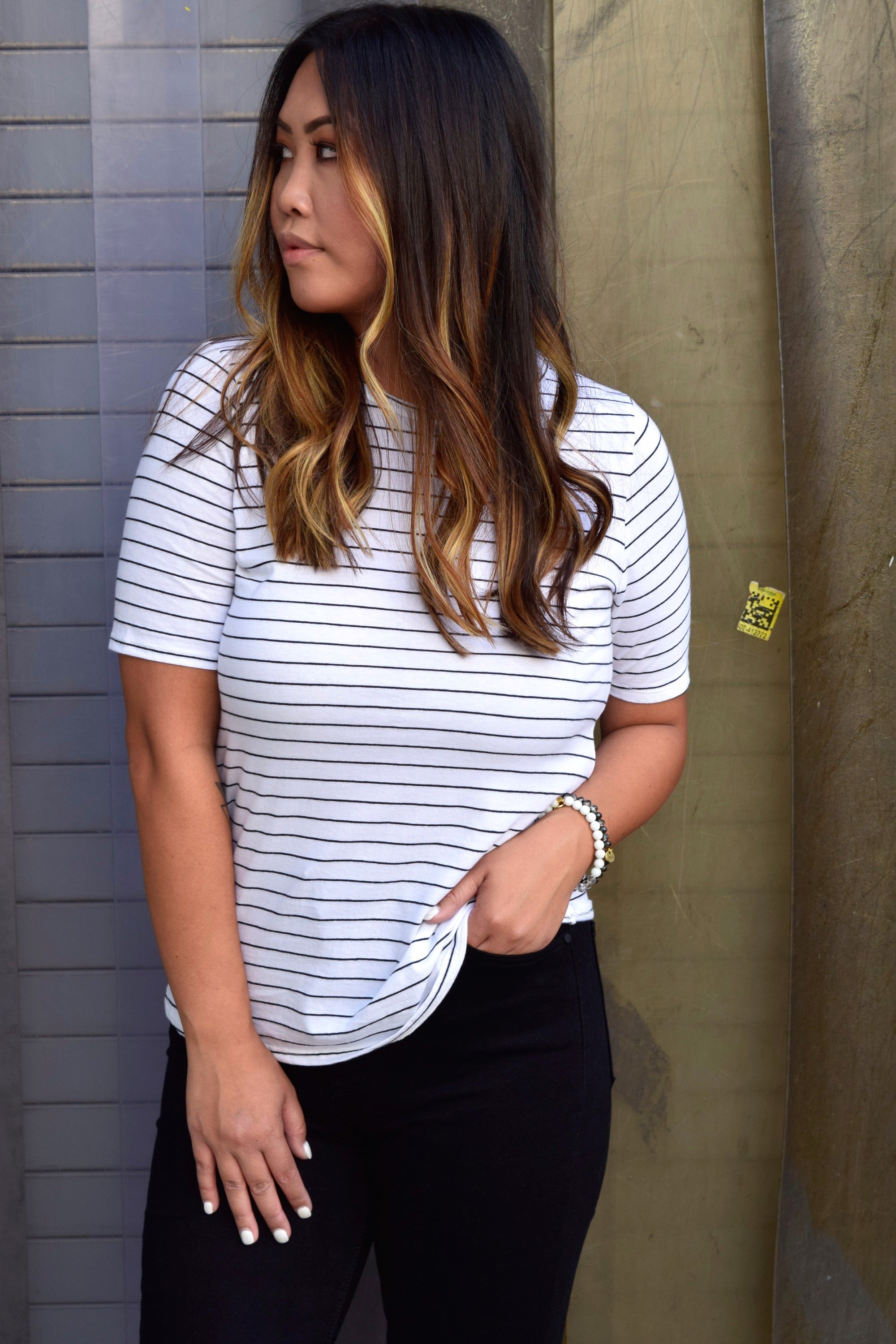 ON REPEAT WHITE & BLACK STRIPED TEE