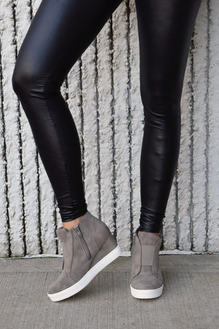 IT GIRL TAUPE WEDGE SNEAKER
