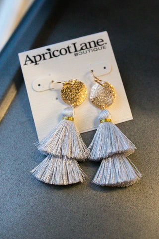 SUCH A TASSEL GREY EARRINGS