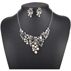 Women Necklace Simulated Pearl Statement Necklaces Pendants Trendy Jewelry Necklace