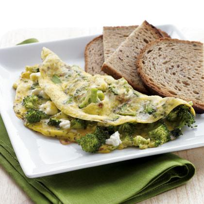 Low calories breakfast ideas -Broccoli and Fettah Omlet