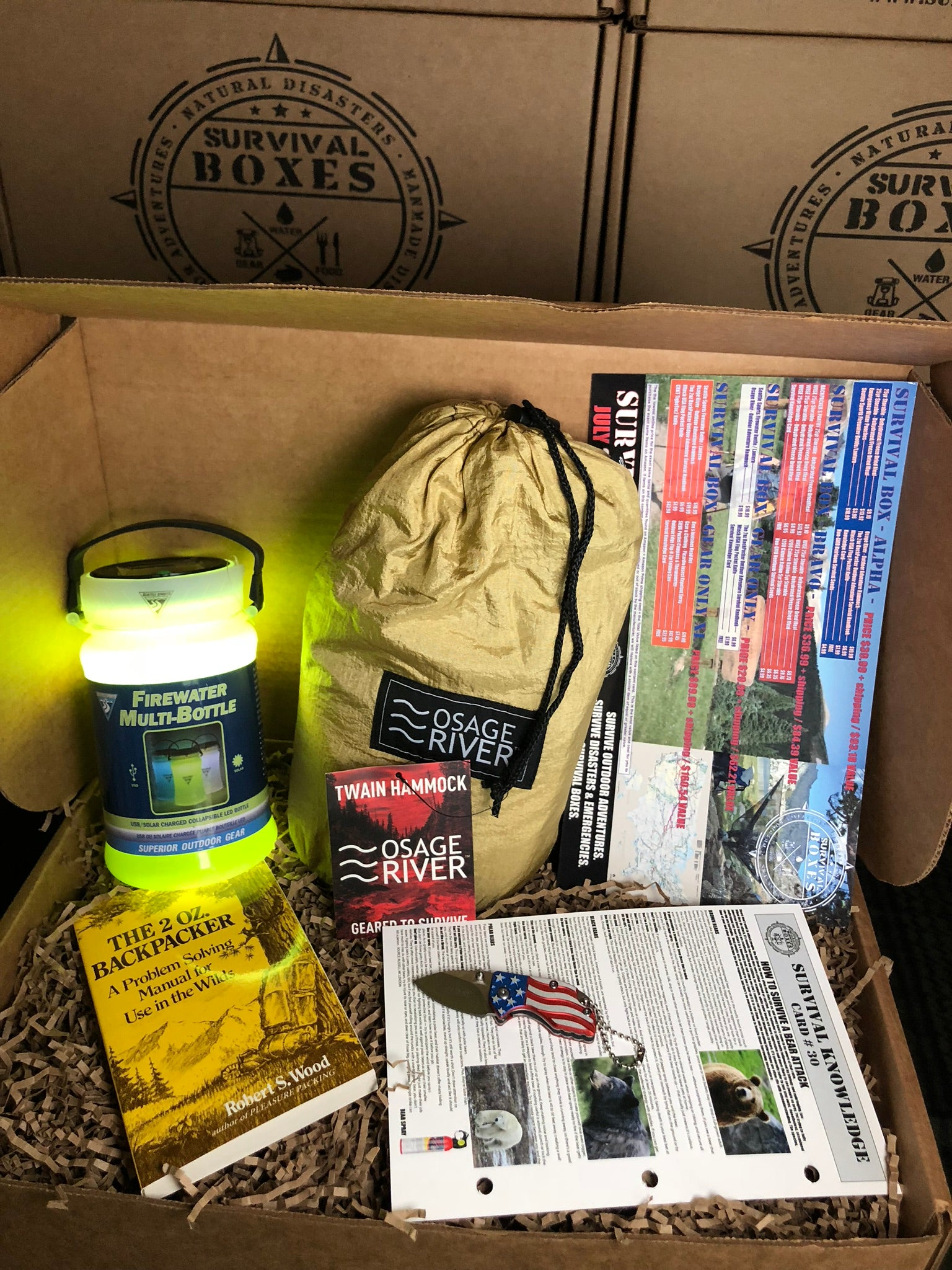 JULY 2018 SURVIVAL BOX- GEAR ONLY SURVIVING THE GREAT OUTDOORS  HIKING & CAMPING THE USA
