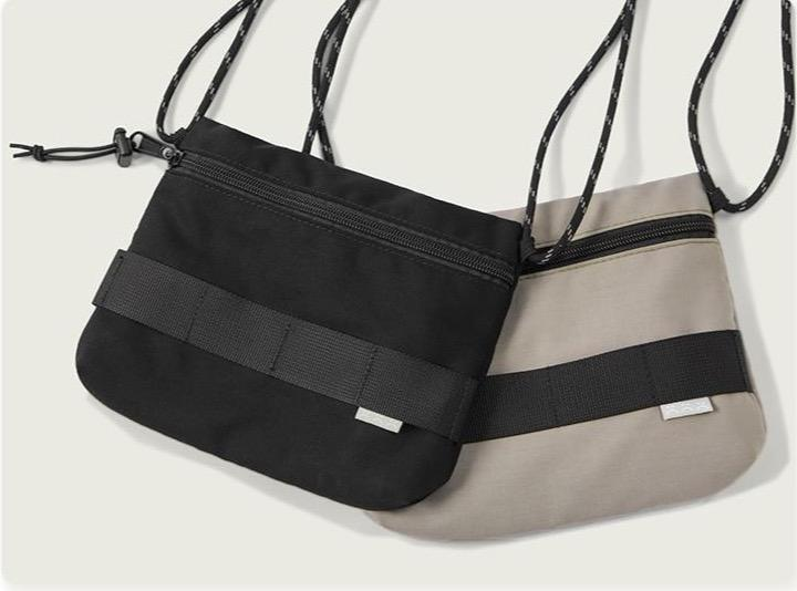 Polyester Travel Shoulder Bag - Illusions Clothing