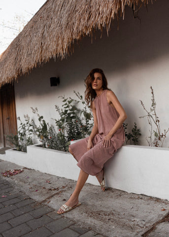 Nusa dress in Mellow Rose