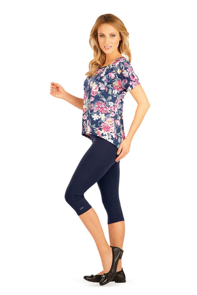 T-Shirt With Floral Print - onelike