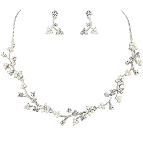 Dainty Daisy Necklace & Earrings Set