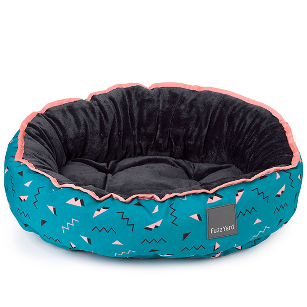 15% OFF + FREE TREATS: FuzzYard® Reversible Dog Bed – Sorrento (3 sizes)