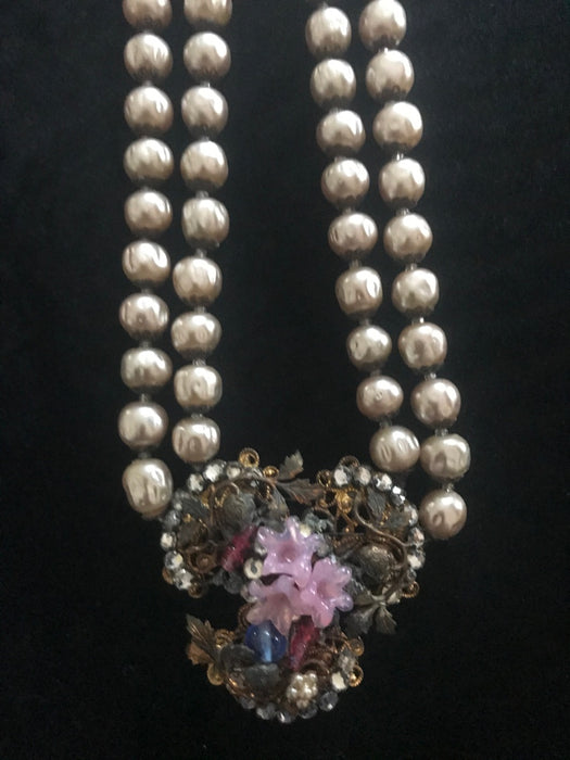 RARE 50s DeMario Victorian Style 2 Strands Faux Baroque Pearls Ornate Filigree Pendant Necklace