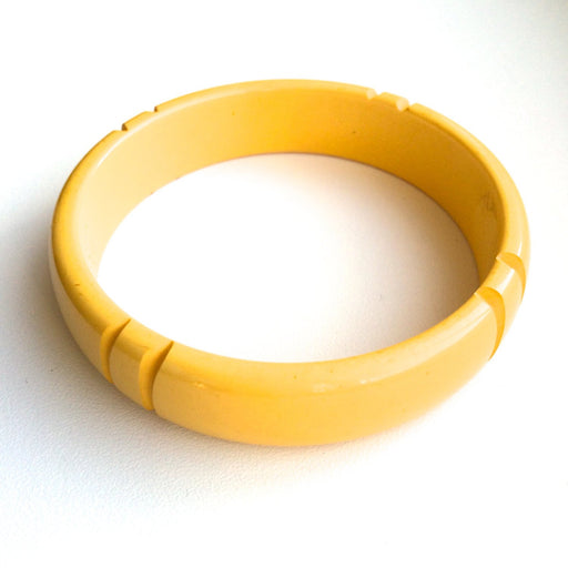 30s Vintage Carved Bakelite Art Deco Bangle Bracelet Cream Corn Butterscotch Geometric Design Antique Tested Authentic