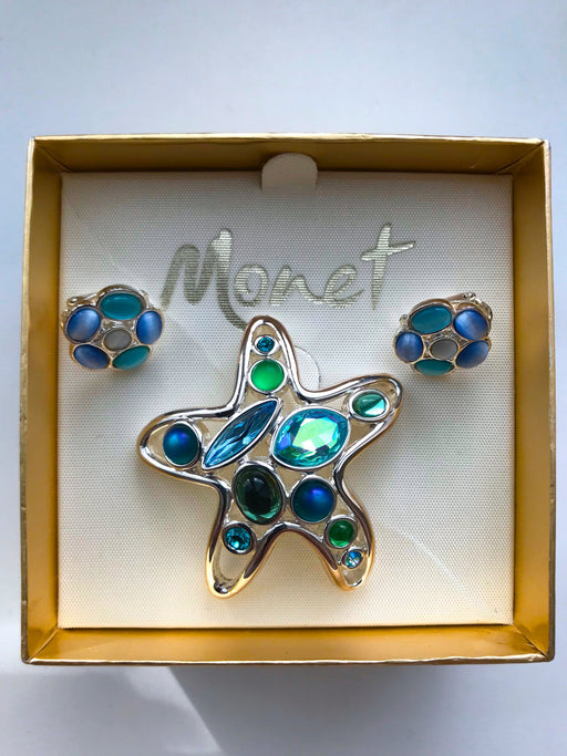 Vintage Monet Signed Jewelled Cabochon Starfish Nautical Brooch Pin Green Blue Stones & moon glow lucite clip on earrings in Original Box