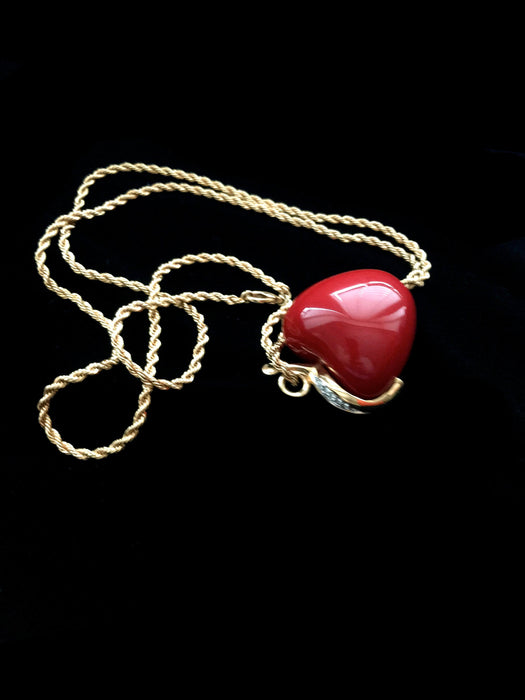 Vintage KJL Kenneth Jay Lane Chunky 3D Red Lucite Apple Gold Plated Swarovski Crystal Pave Rhinestones Rope Chain Pendant Party Necklace