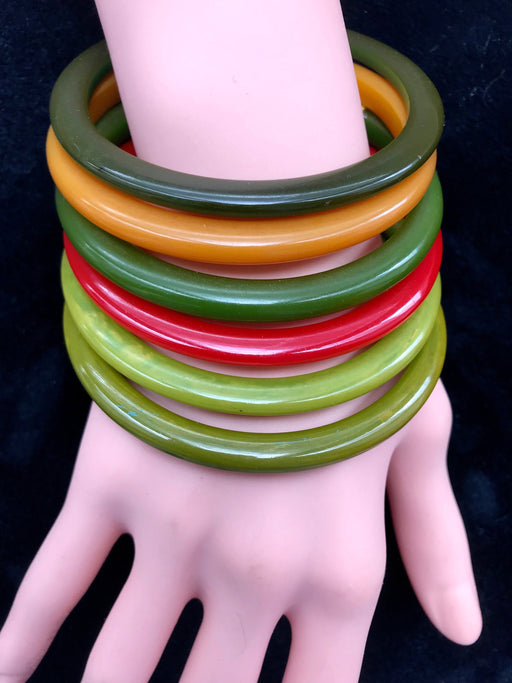 RARE 50s Set of 6 Genuine Bakelite Spacer Bangles Bracelets Chartreuse Red Avocado Green Orange Tested Authentic, Collectible bakelite Stack