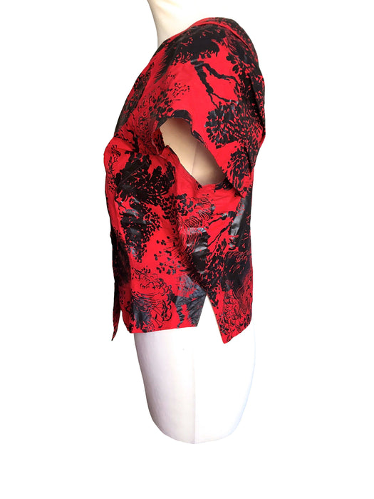 50s Vintage Haute Couture Red Black Floral Print Coated Cotton Kimono Button Top Blouse, Summer Party Festival Rockabilly Pin Up Blouse