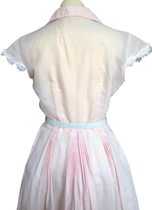 40s VTG Pink Blush Sheer Cotton Crochet Floral Lace Pin Tucks Trim Pleated Shirtwaist Buttoned Full Skirt Summer Party Pin Up Swing Dress