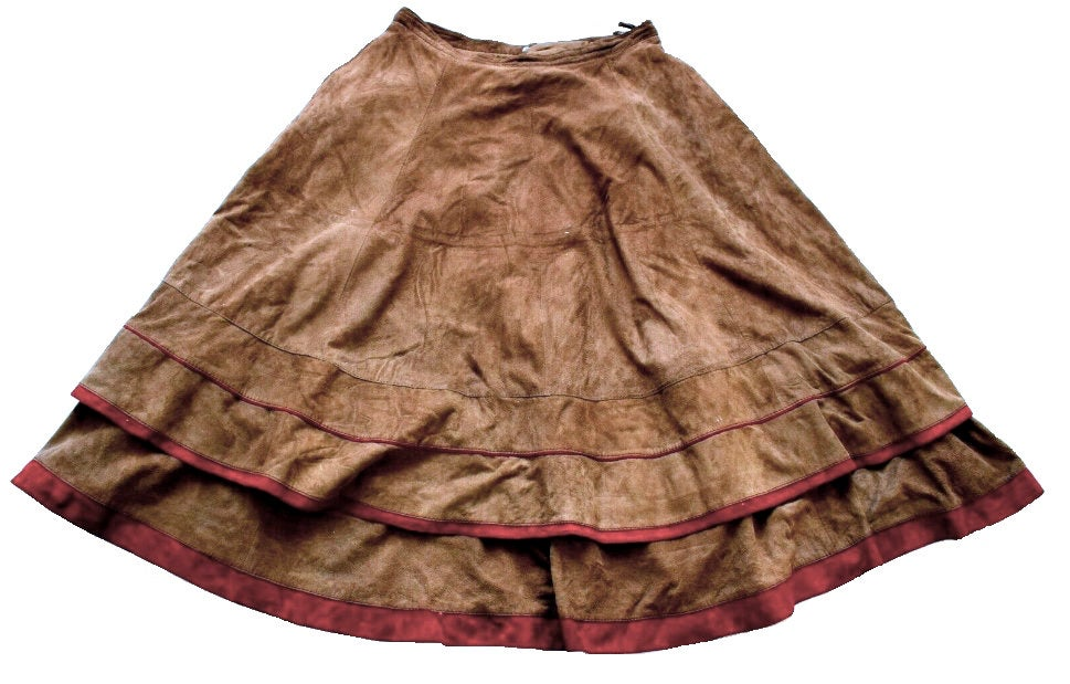80s Genuine Suede Butter Leather Beige Brown Red Trim Lower Calf Length Circle Retro Boho Hippie Skirt, Skater Circle Peasant Folk Skirt