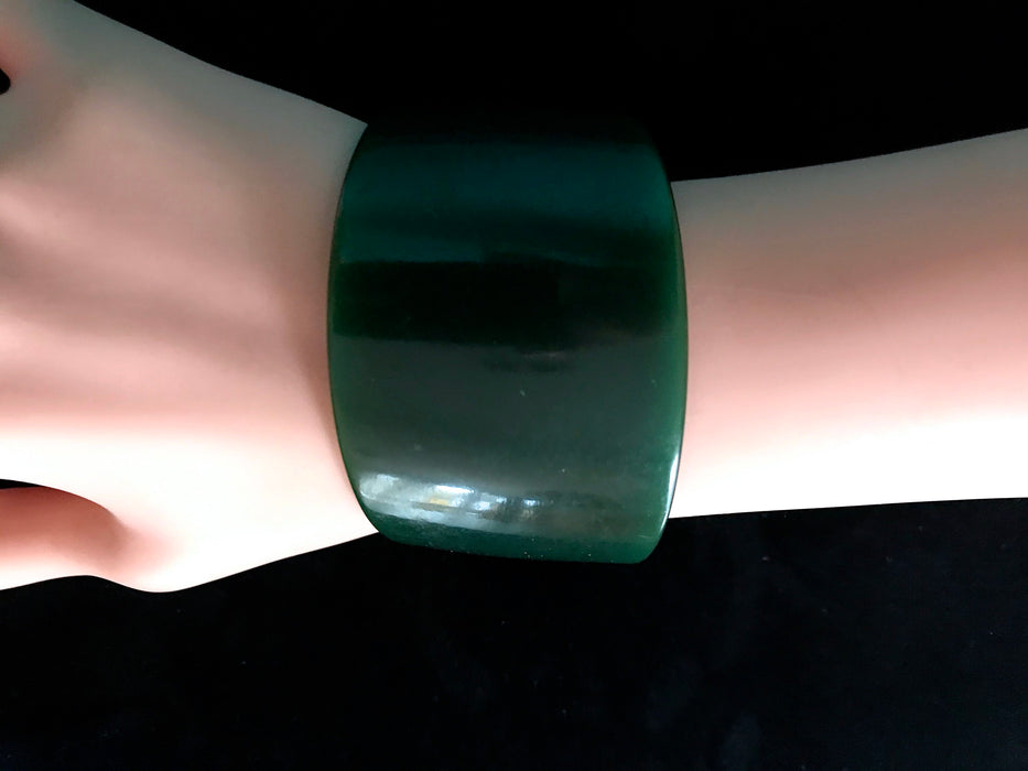 Art Deco Extra Wide Genuine Bakelite Cuff Bracelet, Translucent Pine Green Teal Blue Change of Colour RARE Bracelet Tested Authentic