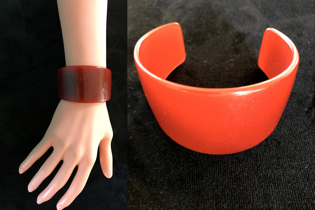 Art Deco Extra Wide Genuine Bakelite Cuff Bracelet, Translucent Rust Red to Cherry Orange Change of Colour RARE Bracelet Tested Authentic