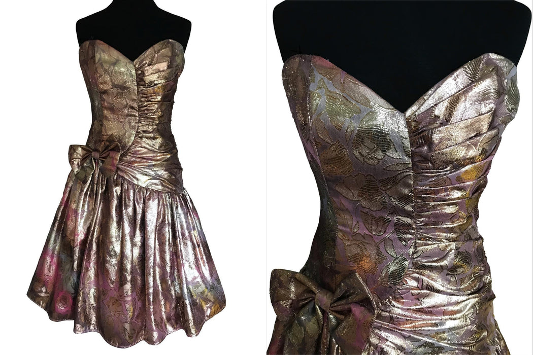 80s Metallic Lame Corset Party Dress, Gold Pink Ruched Strapless Bodice Bow Trim Swing Prom Evening Cocktail Xmas New Year Party Midi Dress