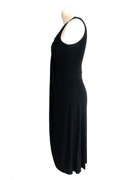 Classy French Designer Caractere LBD, Twist Front Detail V-Neckline Wiggle Sheath Occasion Cocktail Party Below the Knee Little Black Dress