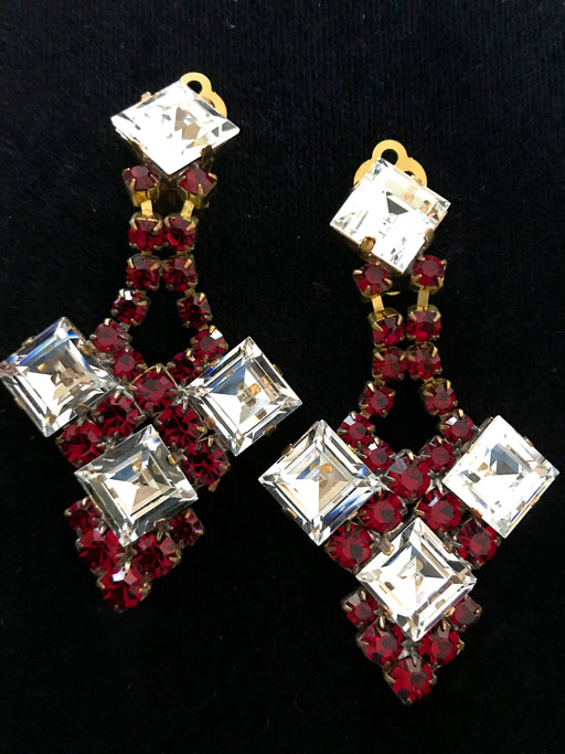 Old Czech Glass Deep Red Earrings, Art Deco Diamond Shape Cabochons Crystal Rhinestone Drop Dangle Chandelier Clip On Xmas Gift Earrings