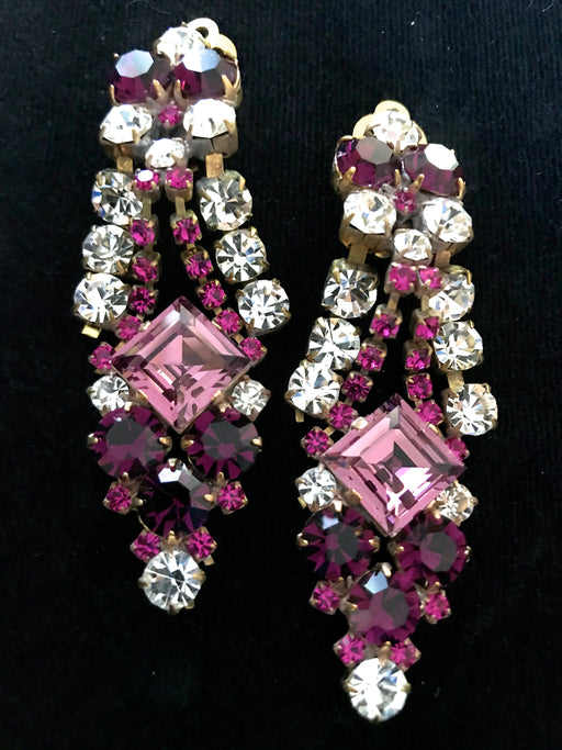 Art Deco Old Czech Glass Purple Pink Earrings, Dangle Drop Crystal Rhinestone Chandelier Clip On Xmas Mardi Gras Carnival Gift Clip Earrings