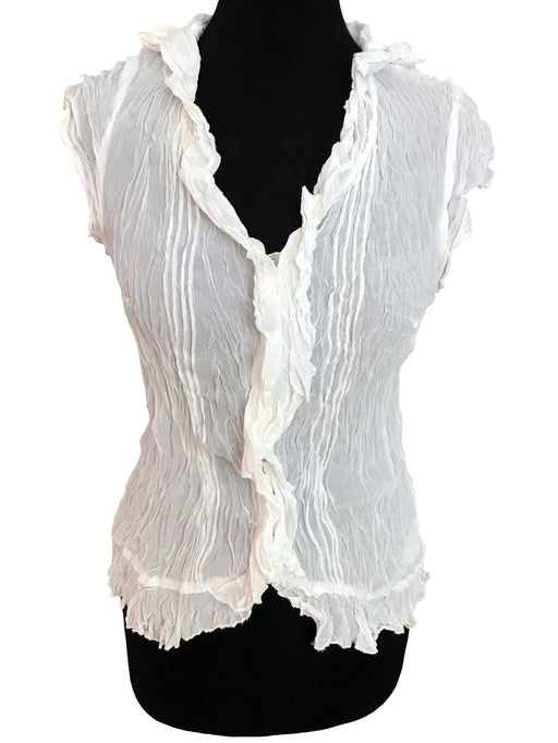 White Crinkled Frill Trim Viscose Top, Semi-Sheer Jabot Frilled Hem Cap Sleeves Summer Boho Fitted V-Neck Ladies Career Blouse w/ Pin Tucks