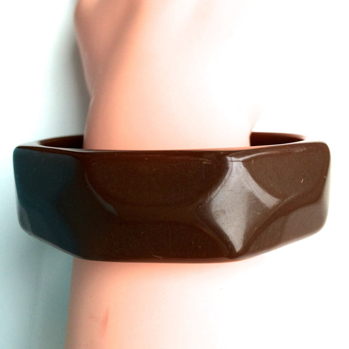 30s Vintage Carved Art Deco Bakelite 8-sided Faceted Chocolate Brown bangle Bracelet Tested Authentic