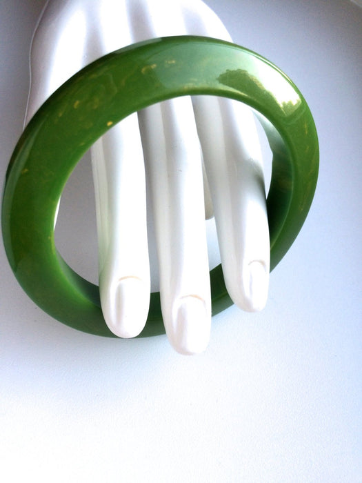 Vintage Green Yellow Marbled Beveled Bakelite Bangle Tested Authentic