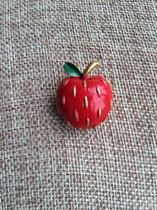 Vintage NAPIER Signed 3D Red & Green Enamel Apple Brooch / Pin