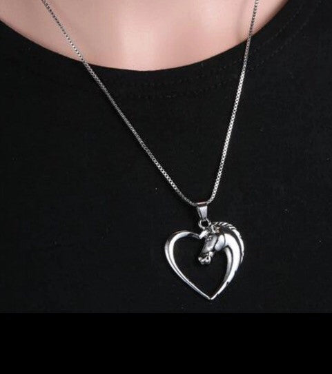 Silver horse head necklace