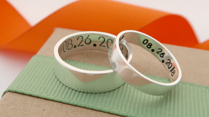 5 Ideas for Personalising your Couple Rings