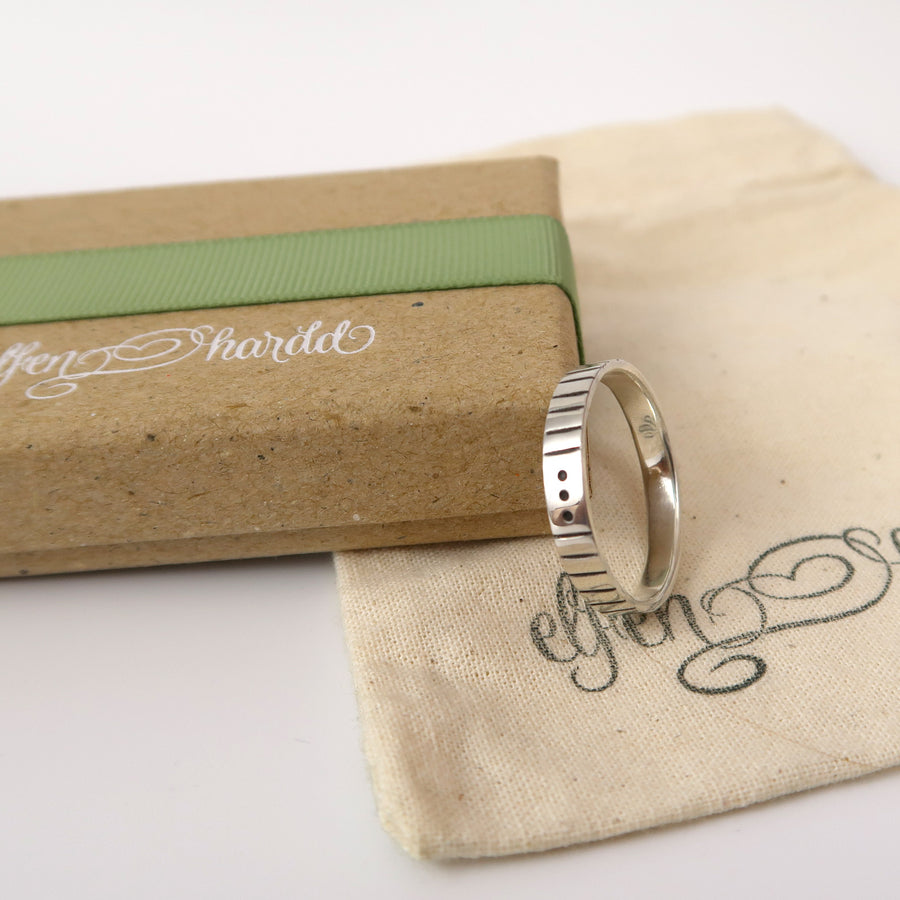 morse code ring packaged