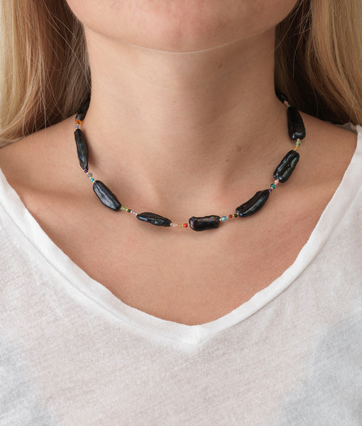 Rock & Sea Necklace - Black Circus