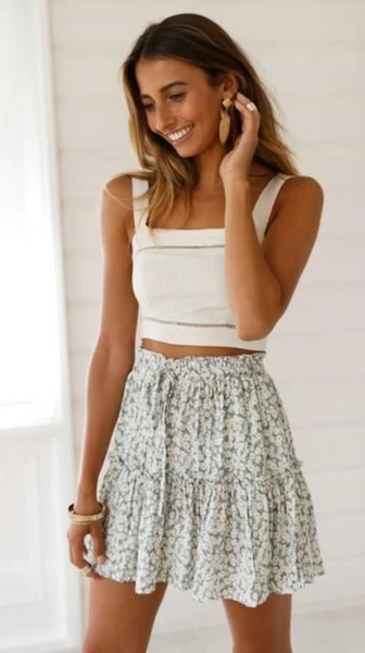 Delicate Floral Print Withdraw Mini Skirt-Multicolors